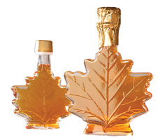 Maple Leaf Syrup Favors